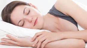Dormir correctamente logra que una persona se vea más atractiva